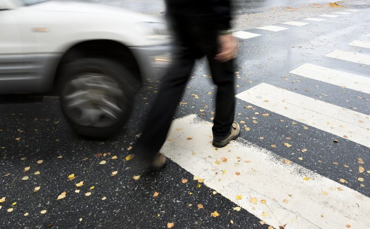 4 Reasons Why You Need to Hire a Pedestrian Accident Lawyer